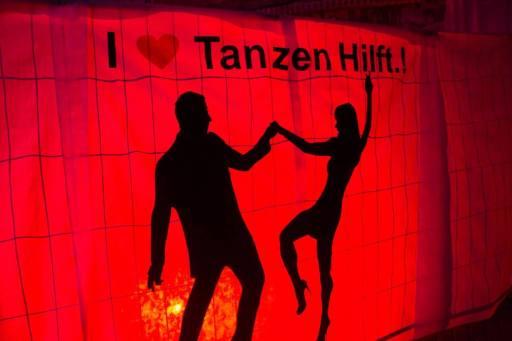5 jahre Tanzen Hilft.! bild.jpg 4